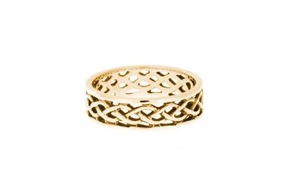 Hebridean Celtic Ring - R117 - 9ct Yellow Gold